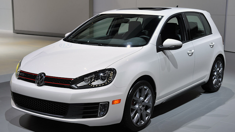2013 volkswagen gti driver 39 s edition chicago 2013 photo gallery autoblog. Black Bedroom Furniture Sets. Home Design Ideas