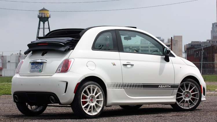2013 fiat 500 abarth cabrio. Black Bedroom Furniture Sets. Home Design Ideas