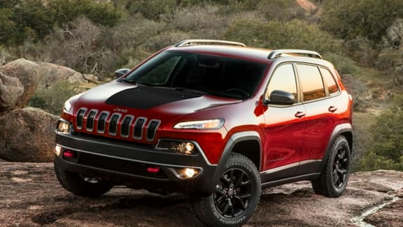 Chrysler, Nissan looking into claim that their cars are industry's most hackable