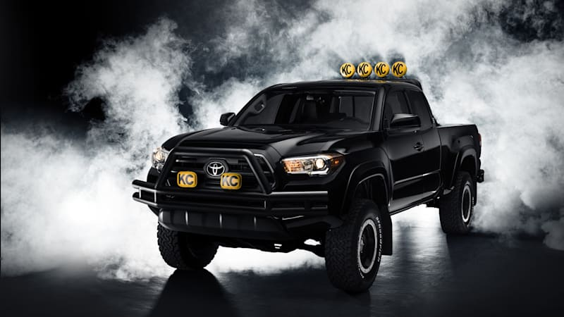 great scott back to the future toyota tacoma concept is awesome autoblog. Black Bedroom Furniture Sets. Home Design Ideas