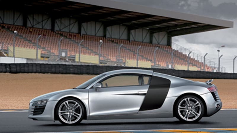 photo gallery audi r8 and le mans quattro autoblog. Black Bedroom Furniture Sets. Home Design Ideas