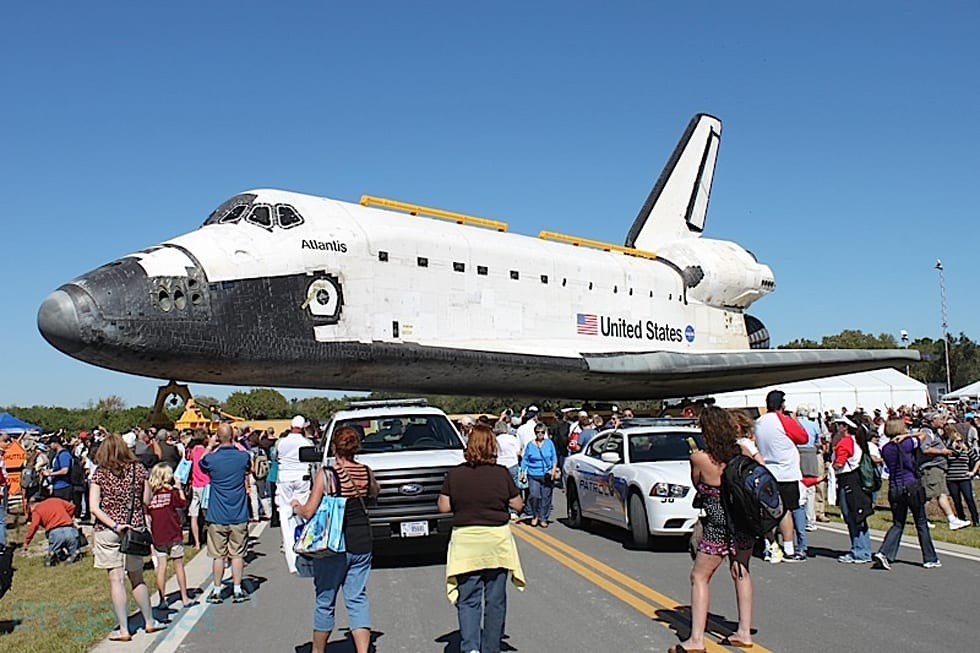 Visualized: Space Shuttle Atlantis makes its final journey ...