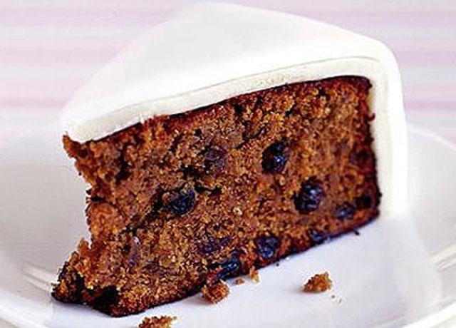 Authentic English Fruit Cake Recipe