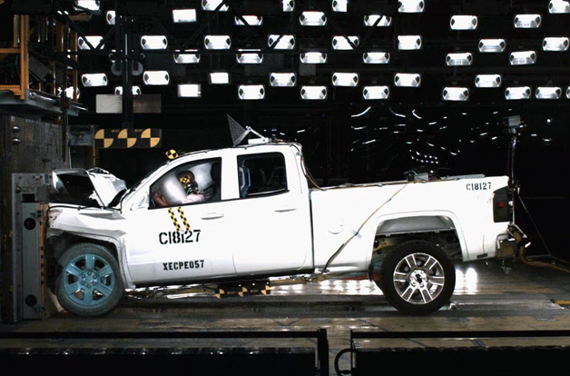 Chevrolet Silverado Gmc Sierra Crash Test