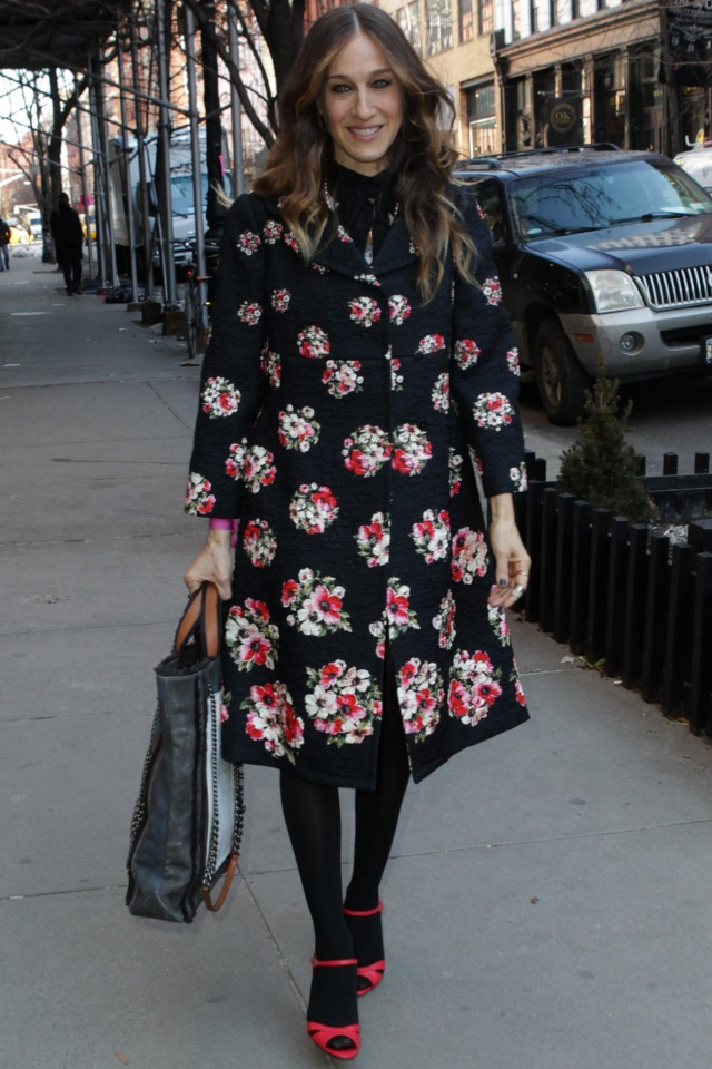 We're Obsessed With Sarah Jessica Parker's New Shoe-Tatsic ...