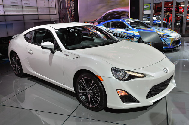 2014 scion fr s and tc monogram series are some spruced coupes. Black Bedroom Furniture Sets. Home Design Ideas