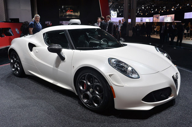 alfa romeo 4c launch edition marks a day we never thought we 39 d see. Black Bedroom Furniture Sets. Home Design Ideas