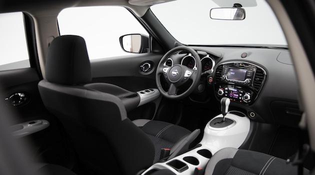 日産、「ジューク」の特別仕様車とフェイスリフトした「ヴァーサ ノート」をLAオートショーに出展 - Autoblog 日本版
