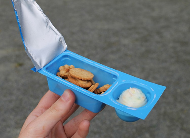 things that perfectly sum up the '90s, '90s nostalgia, dunkaroos