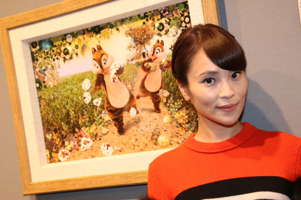 """艺术家Asami Kiyokawa是迪士尼角色和梦想之间的合作""""成熟的猫就像她的狗和脸(笑)"""""""