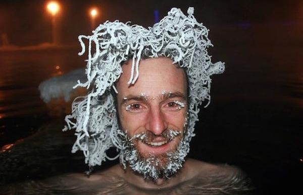 funny winter photos, funny snow photos, idiots in winter, snow dreads man