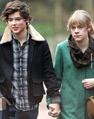 taylor and harry dating again at 33
