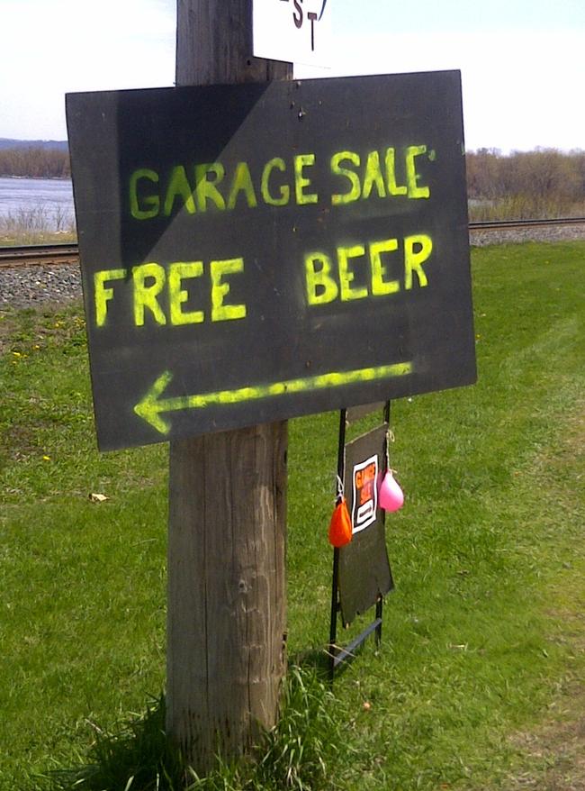 Funny, Funny Photos, Yard Sale