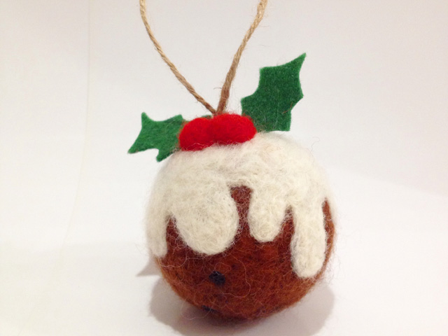 Homemade Christmas Decorations: 10 Easy-To-Make Ornaments