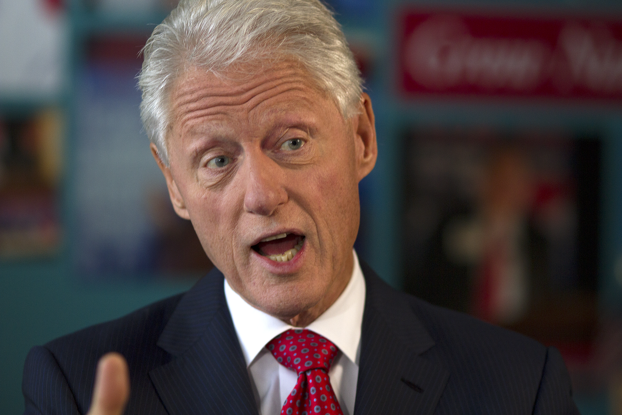 things that perfectly sum up the '90s, '90s nostalgia, bill clinton