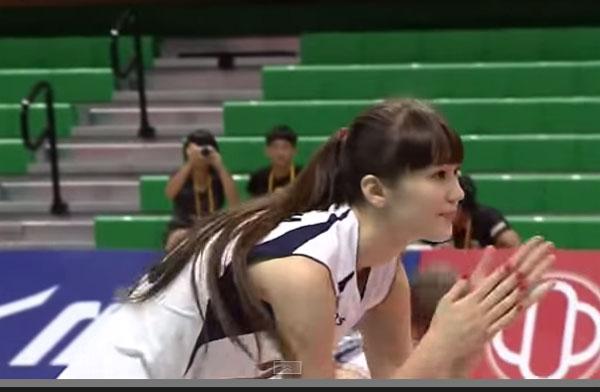 女子排球的17岁女子选手和哈萨克斯坦代表是太天使的话题