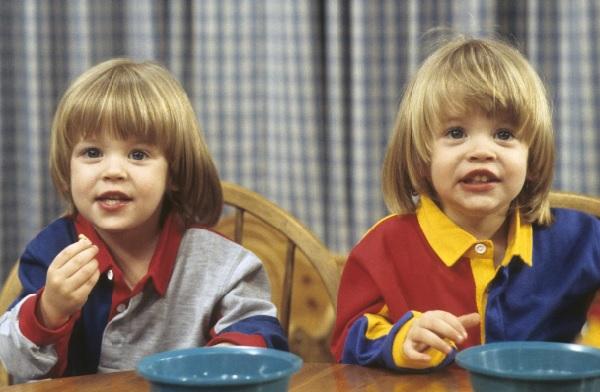 海ドラ「フルハウス」、双子のニッキー&アレックスが超イケメンに成長していた! - AOLニュース