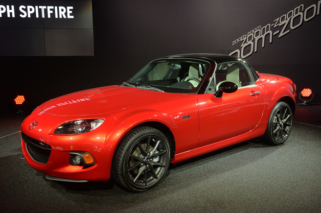 25th anniversary edition mazda mx 5 miata sells out in 10 minutes. Black Bedroom Furniture Sets. Home Design Ideas