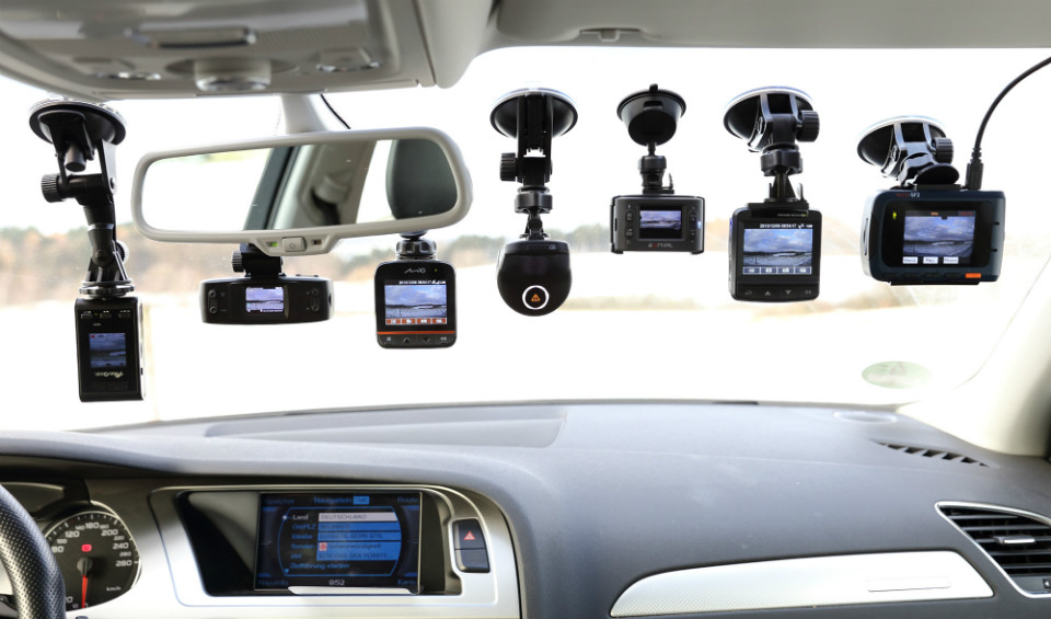 What You Need To Know About Dashboard Mounted Car Cameras