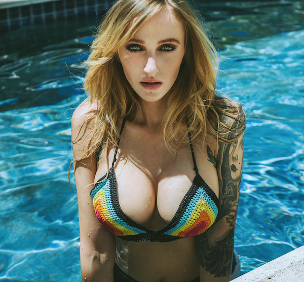 Busty Babes on Instagram photos, Busty Babes on Instagram sexy photos, hot Instagram models, sexy girls