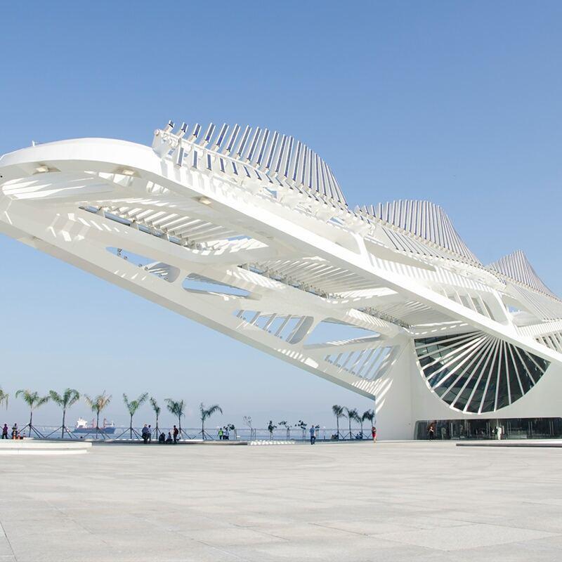Inaugurado em 2015 ao lado da Praça Mauá, prédio tem assinatura do arquiteto espanhol Santiago Calatrava.
