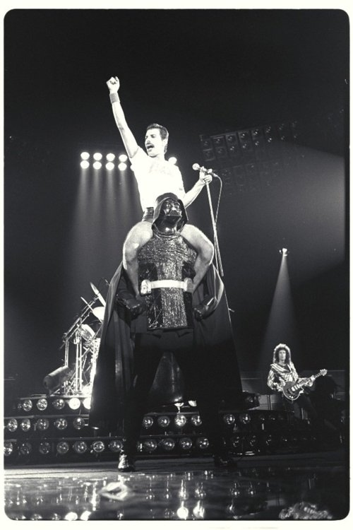 manliest photos on the internet, funny manly images, freddie mercury rides darth vader