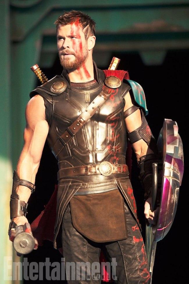First Thor Ragnarok Photos Show Off Chris Hemsworths New Haircut