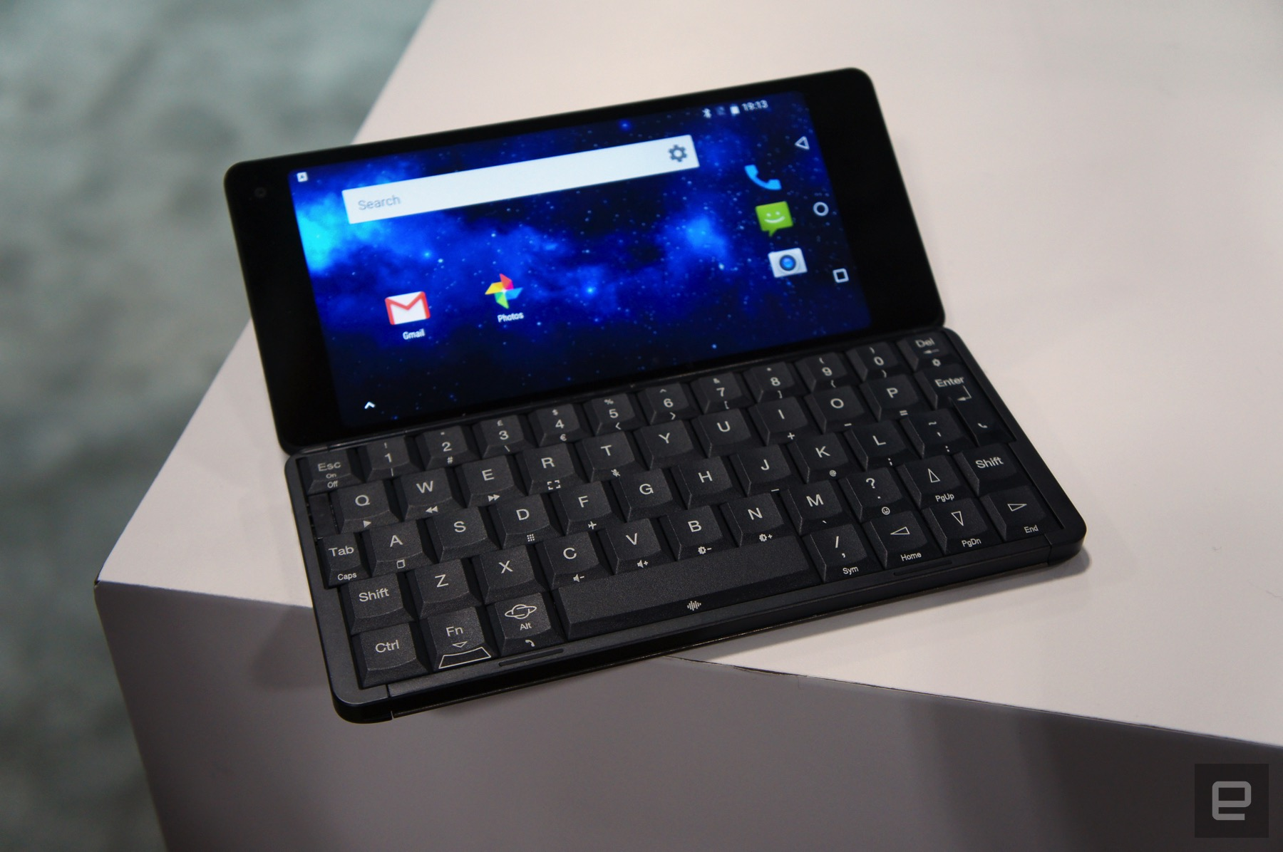 2681f715a50 Former Psion designers return with a fresh take on the PDA. by Daniel Cooper
