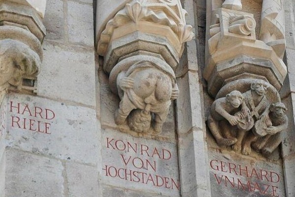 things you don't see every day, archbishop of cologne statue