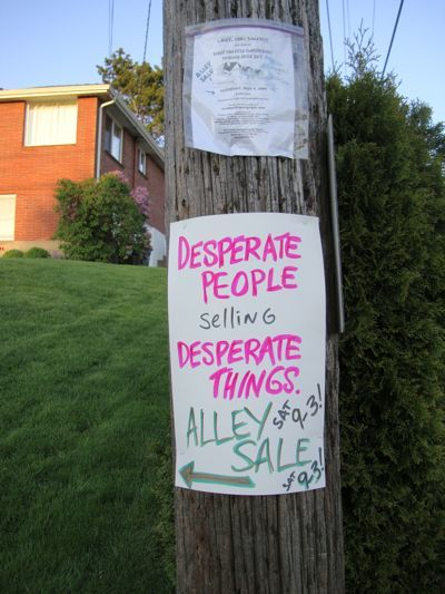 Funny, Funny Photos, Yard Sale