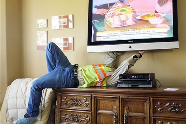 male struggles that are definitely real, common man problems, tv repairman
