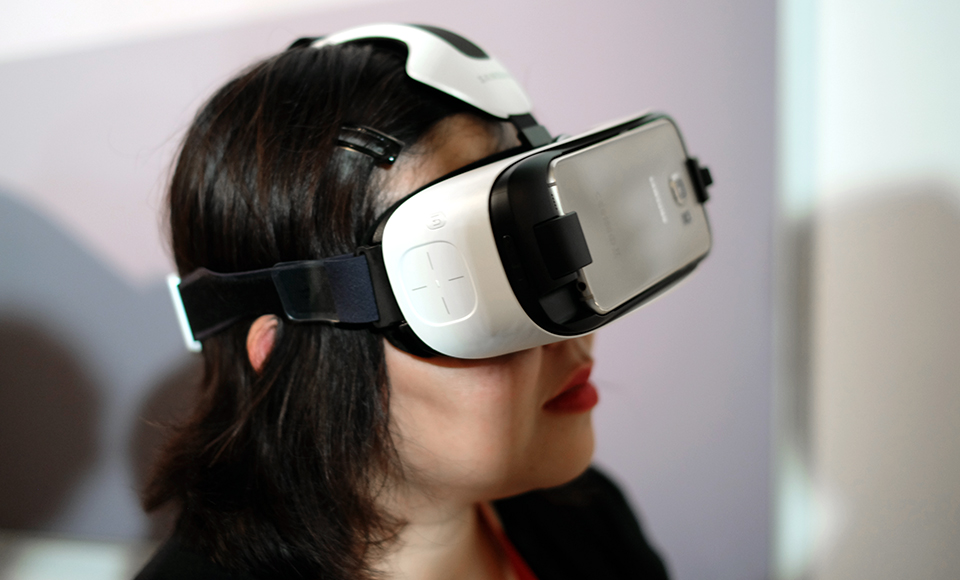 Techmeme: Samsung announces updated Gear VR headset for
