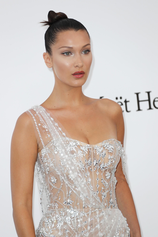 18da0bff7 Bella Hadid en la Gala amfAR de Cannes 2017Bella Hadid en la Gala amfAR de  Cannes