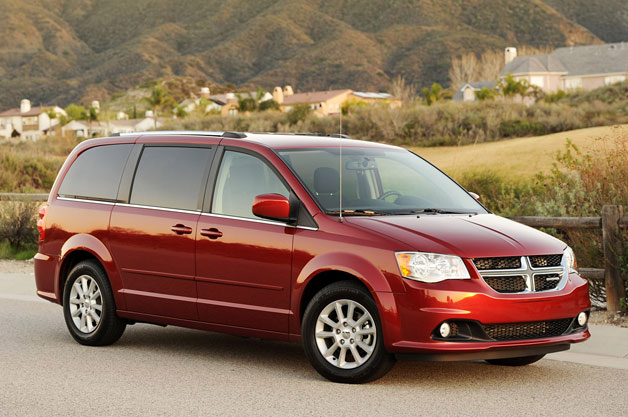 chrysler recalling 780k minivans over fire risk. Black Bedroom Furniture Sets. Home Design Ideas