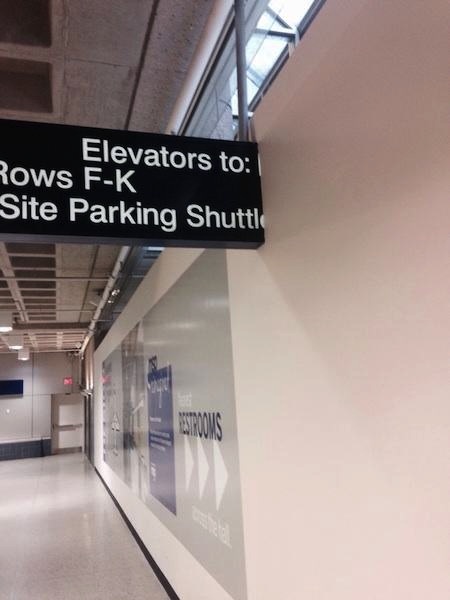 people being extremely lazy, funny lazy people, airport sign in wall
