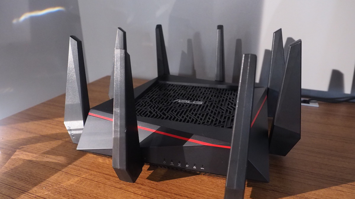 asus 39 spiky router promises the 39 world 39 s fastest wifi 39. Black Bedroom Furniture Sets. Home Design Ideas