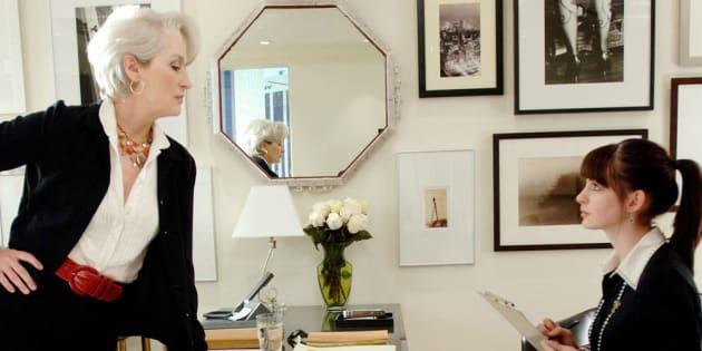 """Meryl Streep et Anne Hathaway dans le film """"Le diable s'habille en Prada"""""""