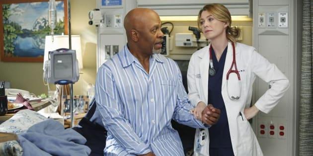 """Il y aura une saison 15 de """"Grey's Anatomy"""" (Photo: James Pickens Jr. et Ellen Pompeo dans la saison 10)."""