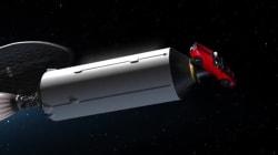 イーロン・マスク、なぜかテスラの自動車を宇宙に打ち上げへ(動画)