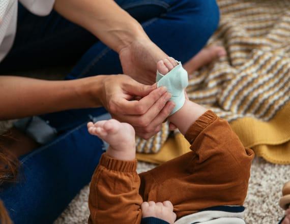 Hi-tech baby monitor has 3,000 perfect reviews