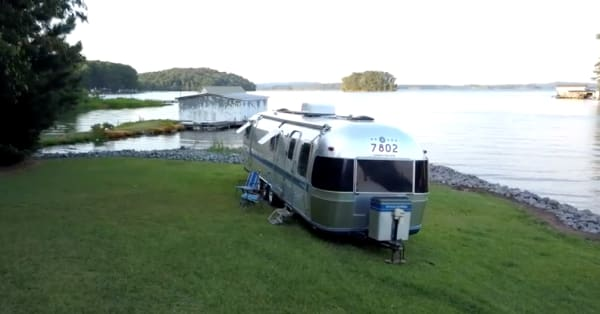 Dream Big Live Small: America is this couple's backyard after moving into their motor home