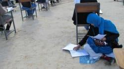 Cette Afghane a réussi son examen d'entrée à l'université tout en s'occupant de son