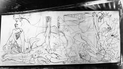 80 años contemplando el 'Guernica' de Picasso: lo que significan los elementos del