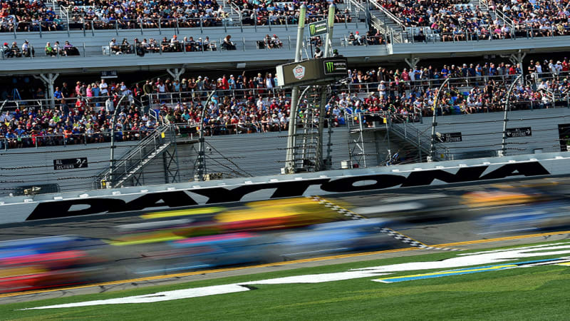 NASCAR and Verizon partner up as 5G enters the motorsports arena