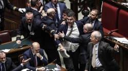 Manovra pericolosa. Fiano (Pd) lancia la legge di bilancio e colpisce il sottosegretario