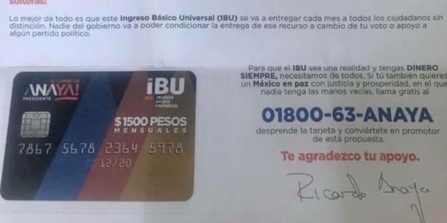 En redes sociales circulan fotografías con las tarjetas que ha hecho llegar el candidato de la coalición Por México Al Frente a diferentes ciudadanos.
