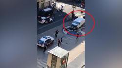 Les images de la panique après l'attentat sur les Ramblas à