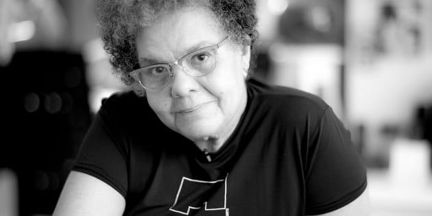 A diretora Adelia Sampaio fala sobre sua vida e carreira em sessão no Dia da Consciência Negra.