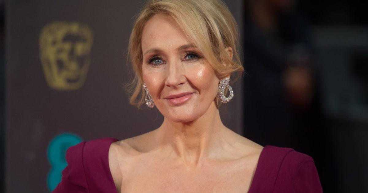 La aplaudida crítica de J.K. Rowling a Trump por su silencio sobre Charlottesville