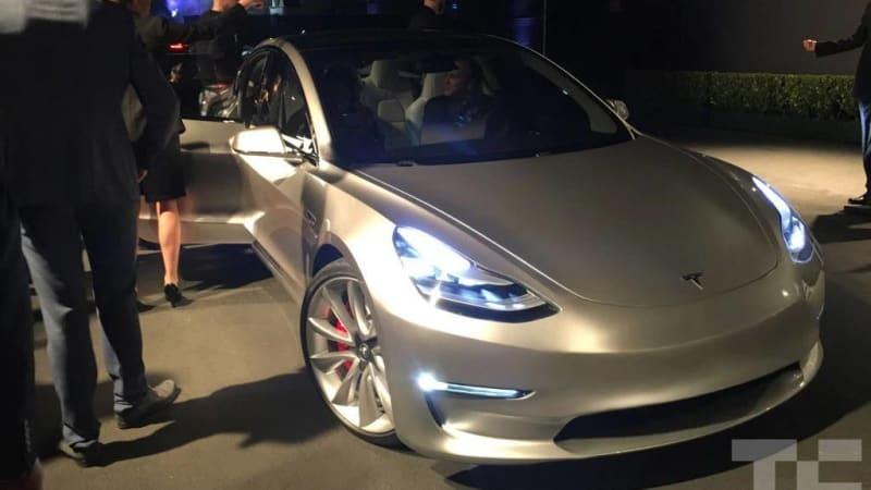 Hai+Le+Tesla+Model+3.jpg